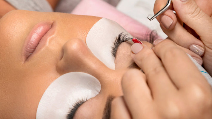 Why Properly Trained Lash Technicians Provide the Best Lash Extension Applications