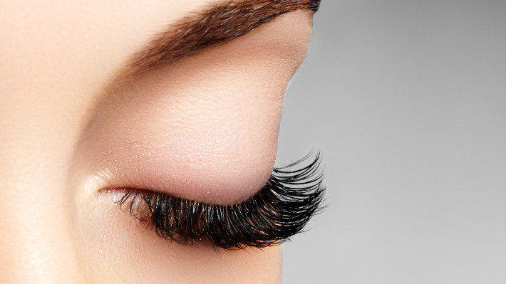 Where Eyelash Extensions are Concerned, Lash Weight Matters!