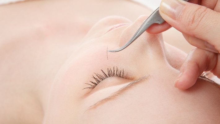 Lash Extension Touch-Ups: What You Need to Know