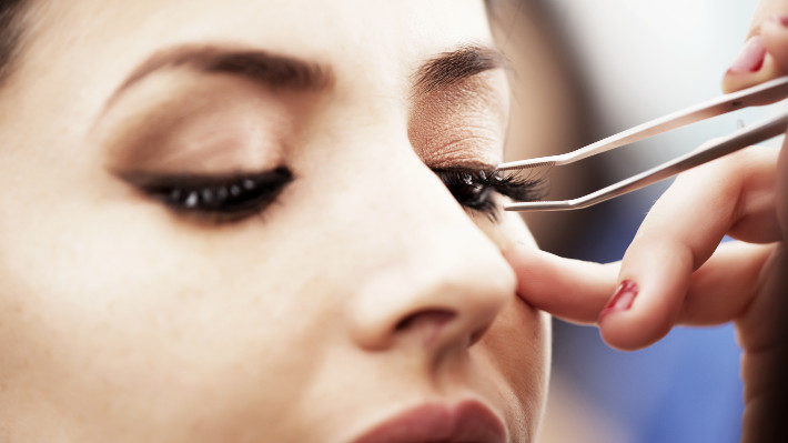 Why DIY Lash Extensions Are Never the Best Option