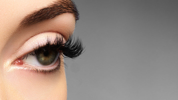 Lash Extensions and the Low-Maintenance Life