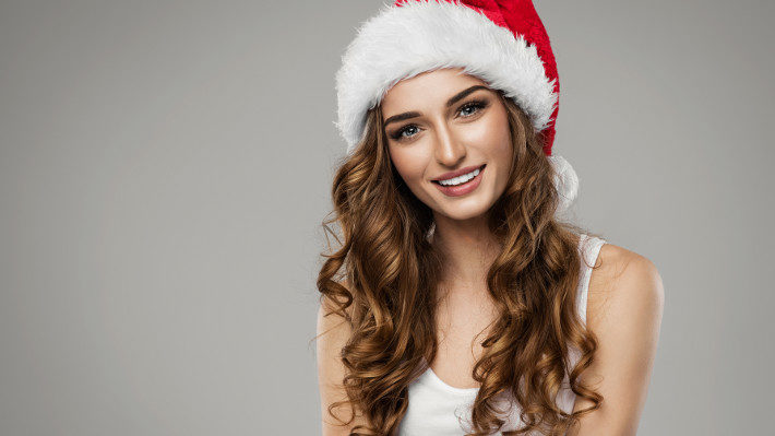 This Holiday Season, Give the Gift of Eyelash Extensions
